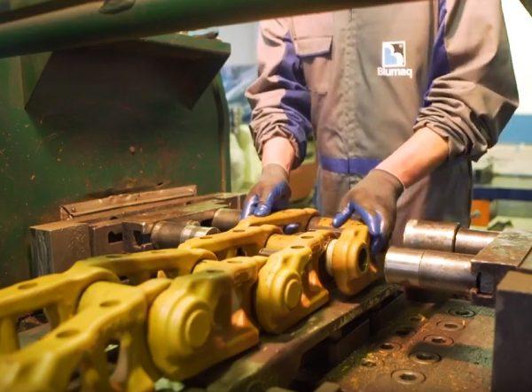 Presse à chenilles hydraulique